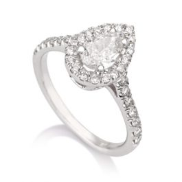 Solitaire Pear Pave