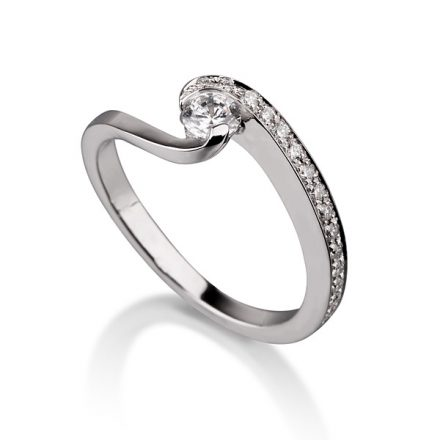 Twist Design Ring